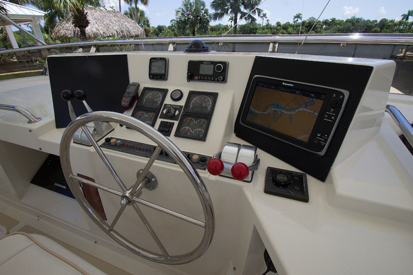 1999 Offshore Yachts 54' 1999 Chapter Three | Picture 8 of 37