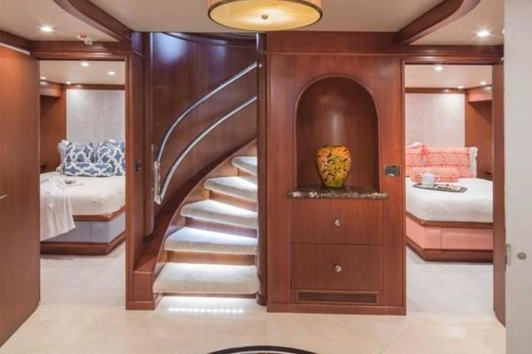 1990 Heesen 144'  AT LAST | Picture 7 of 21