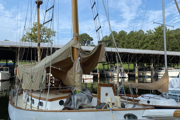 38' Herreshoff Ketch 1970 | Native