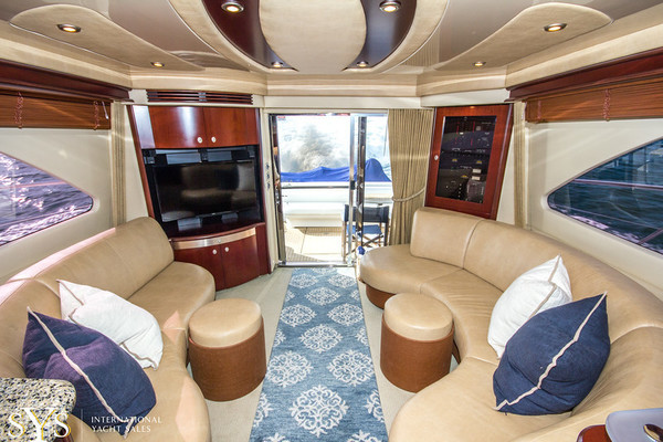 2006Sea Ray 58 ft    Stitched
