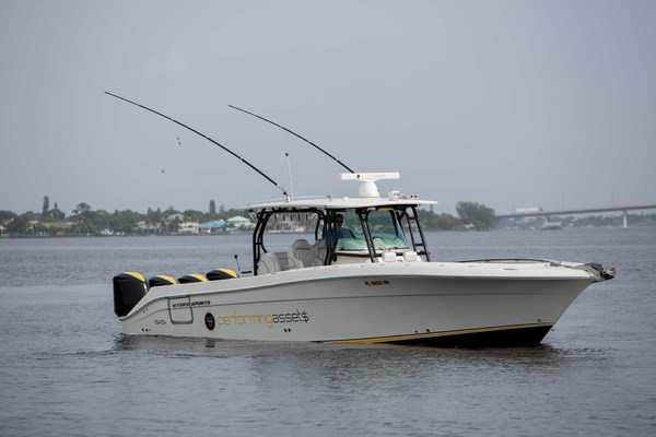 42' Hydra-sports Center Console 2013 | Performing Assets