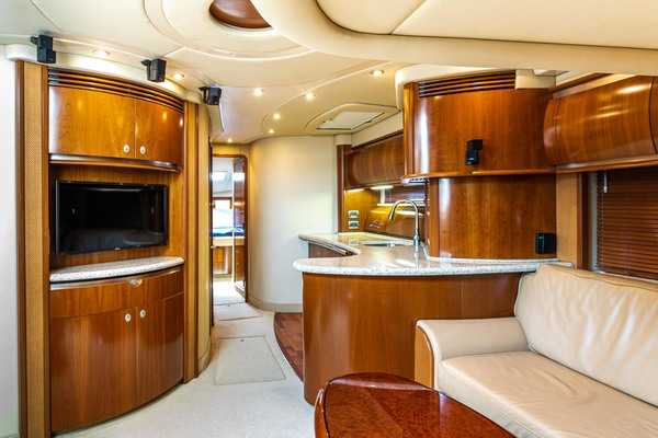 2005 Sea Ray 50' Sundancer EXECUTIVE FUNCTION   Picture 3 of 18