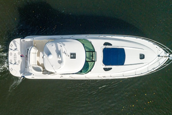 2005 Sea Ray 50' Sundancer EXECUTIVE FUNCTION   Picture 2 of 18