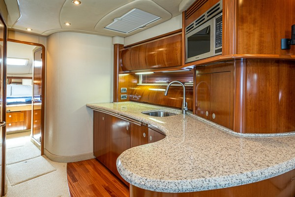 2005 Sea Ray 50' Sundancer EXECUTIVE FUNCTION   Picture 6 of 18