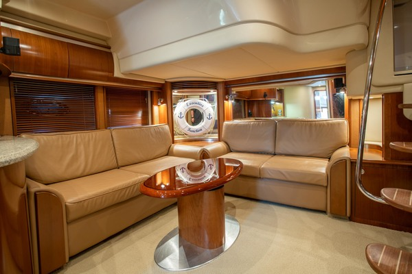 2005 Sea Ray 50' Sundancer EXECUTIVE FUNCTION   Picture 4 of 18