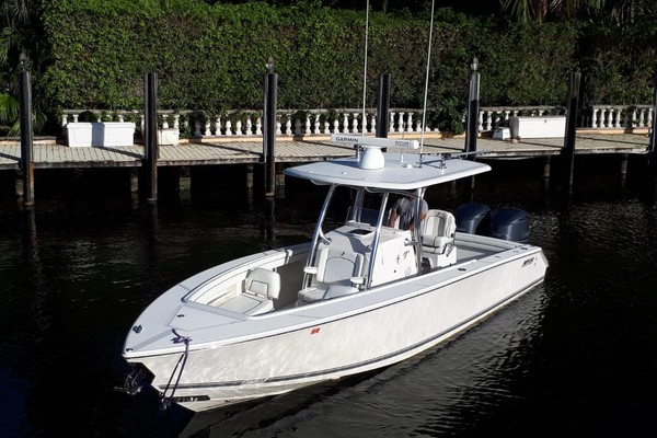 30-ft-Jupiter-2016-FS Center Console-T/T Sea Glass Ft. Lauderdale Florida United States  yacht for sale