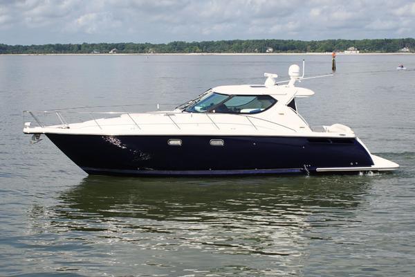45' Tiara Yachts 4300 Sovran  2009 | Mary Grace