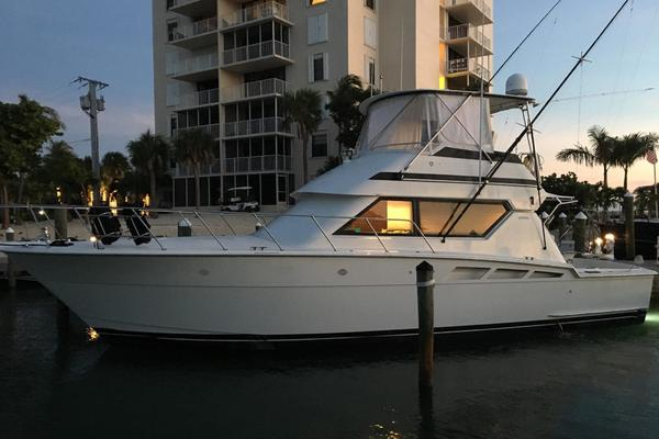46' Hatteras  1992 | Hydrated