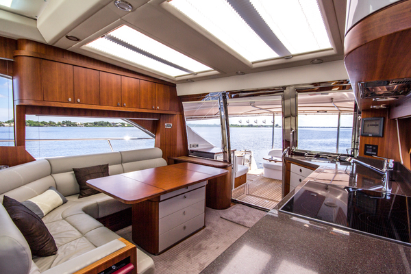 2015Belize 54 ft 54 Sedan