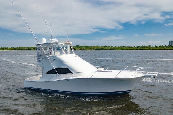 41' Luhrs Convertible 2007 | Daddy Perks