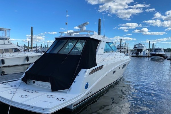 45' Sea Ray 450 Sundancer  2010 | Something Special Too