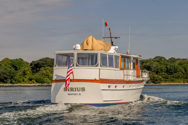 1973 Trumpy 60' Houseboat SIRIUS   Picture 4 of 20