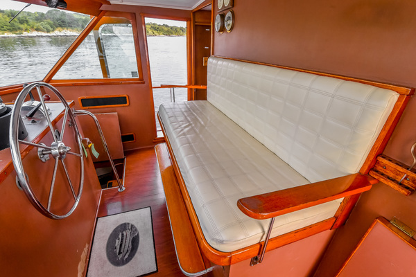 1973 Trumpy 60' Houseboat SIRIUS   Picture 1 of 20