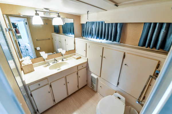 1973 Trumpy 60' Houseboat SIRIUS   Picture 3 of 20