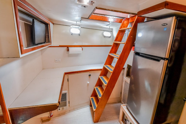 1973 Trumpy 60' Houseboat SIRIUS   Picture 7 of 20