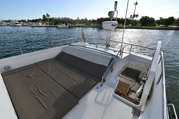2015 Prestige 55' 550S Nolina II | Picture 8 of 53