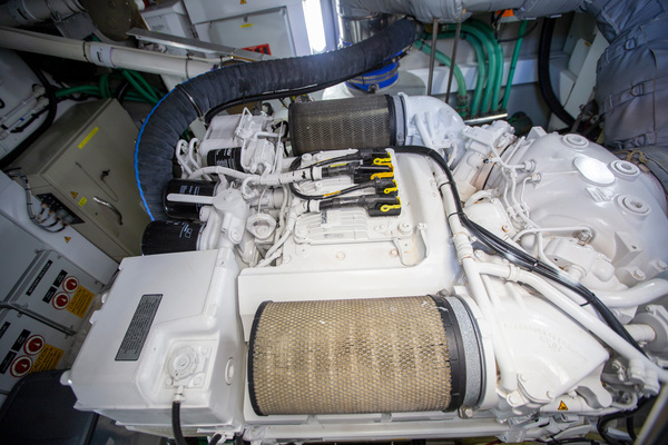 2014 Sunseeker 68' Predator Sea Green III | Picture 3 of 64