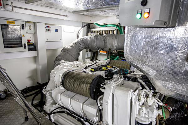2014 Sunseeker 68' Predator Sea Green III | Picture 2 of 64