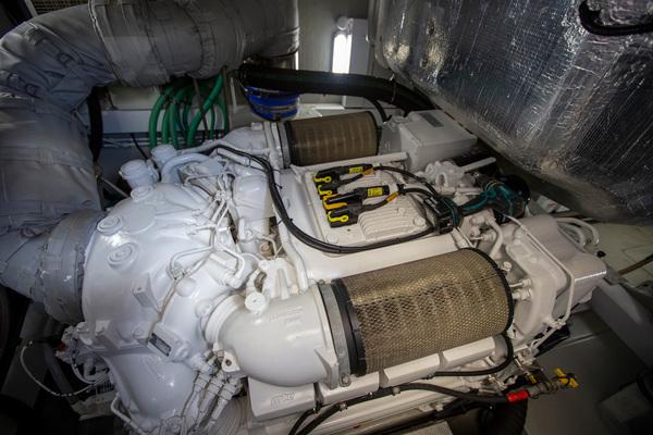 2014 Sunseeker 68' Predator Sea Green III | Picture 6 of 64