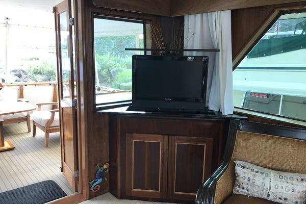 1978 Hatteras 53' Motor Yacht Motor Yacht   Picture 8 of 42