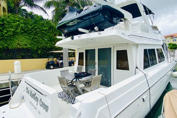 2003 Navigator 57' 5700 Rival The Motley Crew | Picture 8 of 111