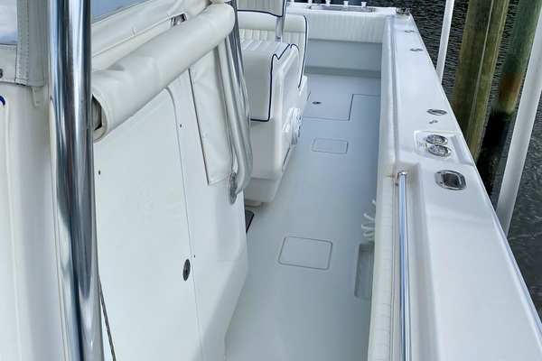2016Contender 39 ft ST    Offshore Asset