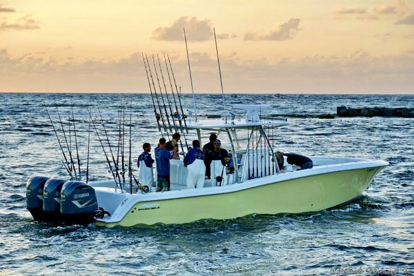 2019Invincible 39 ft Open Fisherman   Hot Suppah
