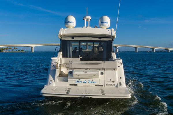 46 Sea Ray Sundancer Strboard Profile