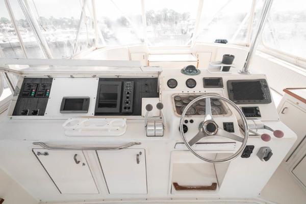 1989 63 Ocean   Master SR 2