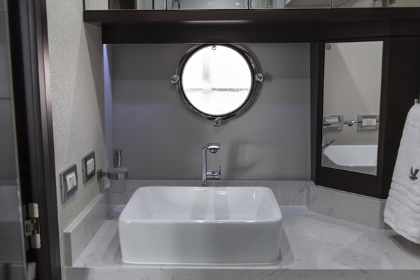 2018 Neptunus 65' Motor Yacht Express LIQUID WISDOM | Picture 5 of 84