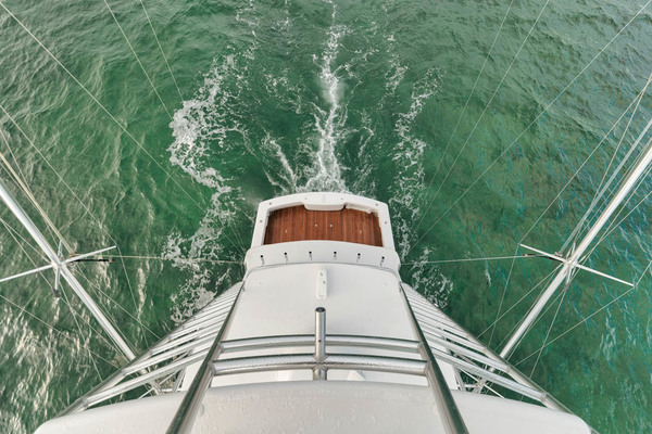 Starboard Bow Running
