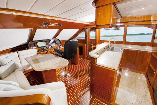 2010 Hampton 58' Pilothouse Motoryacht Relentless | Picture 7 of 54