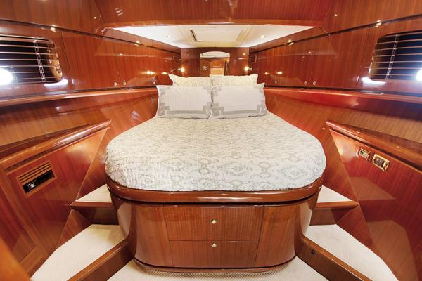 2010 Hampton 58' Pilothouse Motoryacht Relentless | Picture 3 of 54