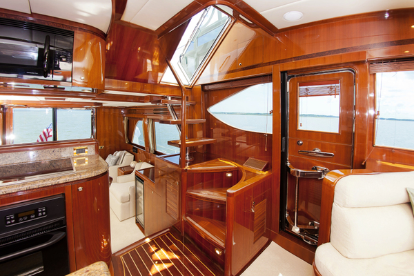 2010 Hampton 58' Pilothouse Motoryacht Relentless | Picture 6 of 54
