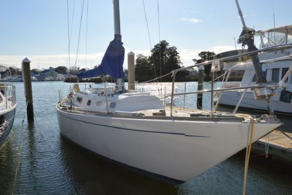 42-ft-Morgan-1970-42 Sloop-Lively Lady Hampton Virginia United States  yacht for sale