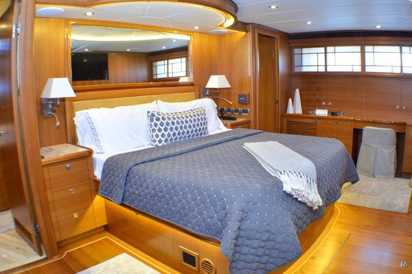 2017 Outer Reef Yachts 86' 860 DBMY Simon Says | Picture 2 of 109