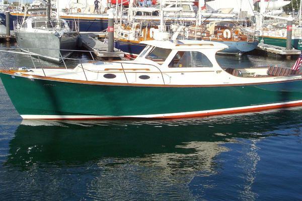 36-ft-Hinckley-1999-36 Classic Picnic Boat- Bridgeport Connecticut United States  yacht for sale
