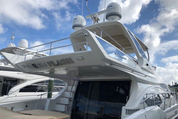 2013 Azimut 64' 64 Flybridge THE GREEN FLASH | Picture 2 of 32