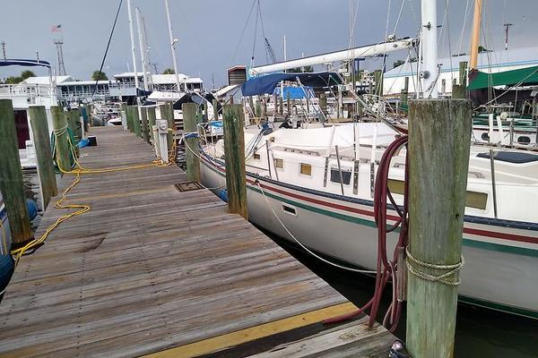 40-ft-Lancer-1984-40-No Name Fort Myers Beach Florida United States  yacht for sale