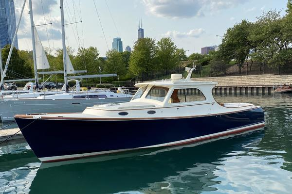 36-ft-Hinckley-2001-Picnic Boat EP-LIBERTY Chicago Illinois United States  yacht for sale