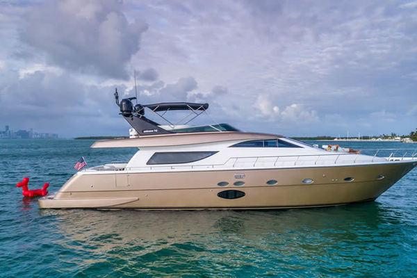 72' Uniesse Motor Yacht  2005 | Next