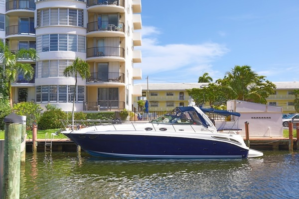40' Sea Ray 380 Sundancer 2004 | Bad Boys