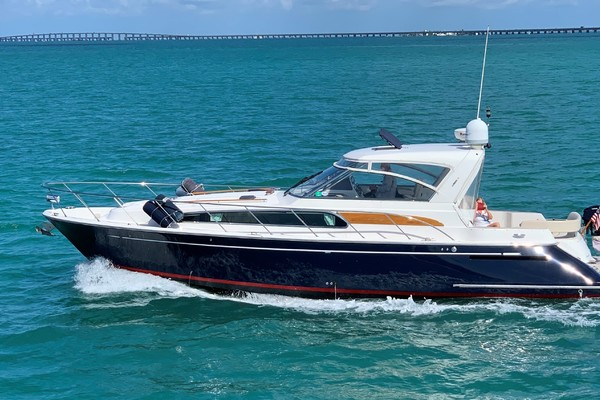 0' Chris-craft 43 Roamer 2006 |