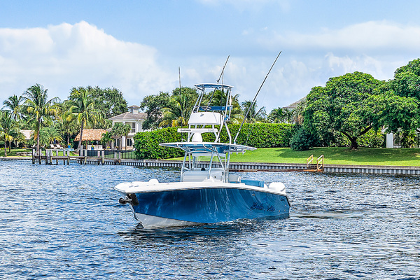 2017Bahama 37 ft    Bella Vita