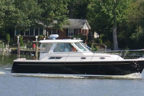 29-ft-Back Cove-2008-29-Crown Black Severna Park Maryland United States  yacht for sale