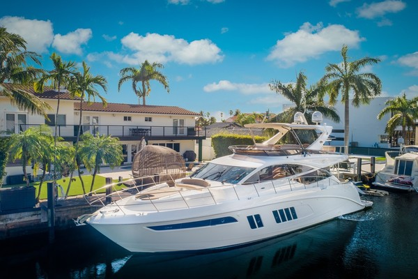 65' Sea Ray L650 Flybridge 2016 | Thinks Its His
