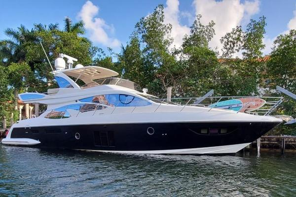 60' Azimut Flybridge 2014 | God's Plan
