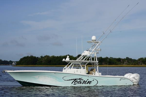 42' Yellowfin Center Console 2014 | Teasin