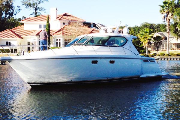 45' Tiara Yachts Sovran 2007 | Dauntless