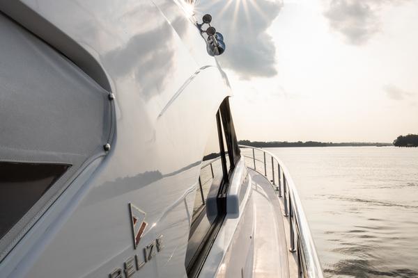 2017Riviera 54 ft Belize 54 Daybridge   Adair
